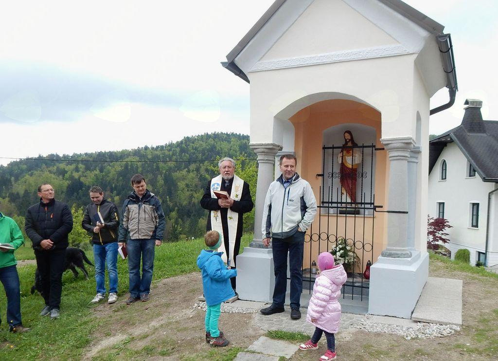 Blagoslov prenovljene kapelice