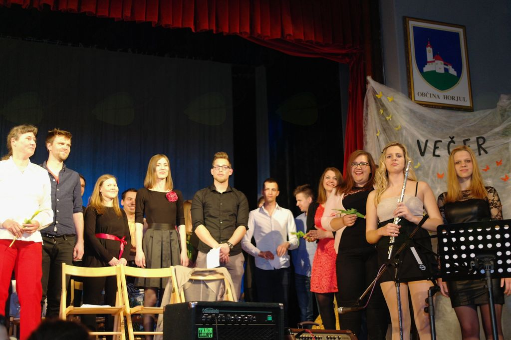 Večer slovenskih popevk v Horjulu