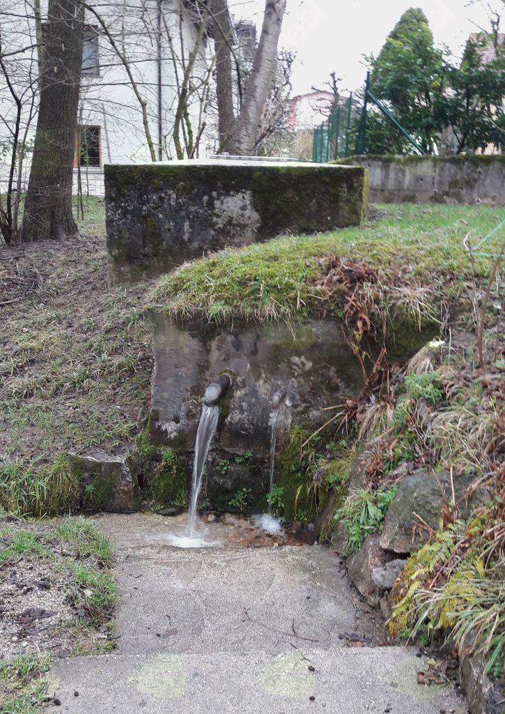 Voda: vodni viri življenja v naši občini