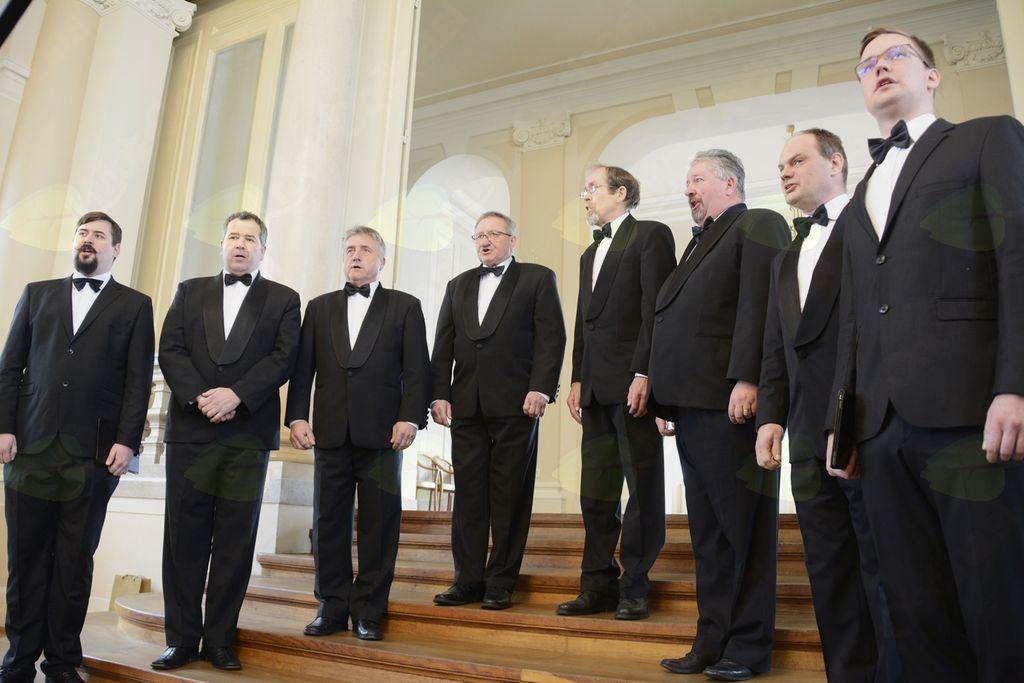 Oktet Raskovec v predsedniški palači