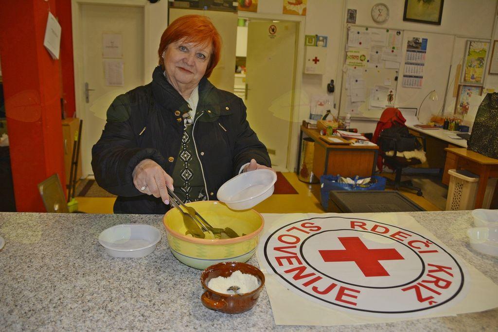 Nevenka Lekše, predsednica OZ Rdečega križa Ljubljana