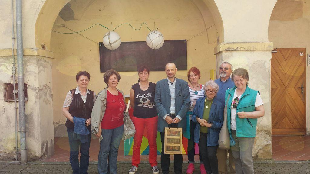 Srečanje članov bralnega krožka iz Dragomerja z Dušanom Šarotarjem