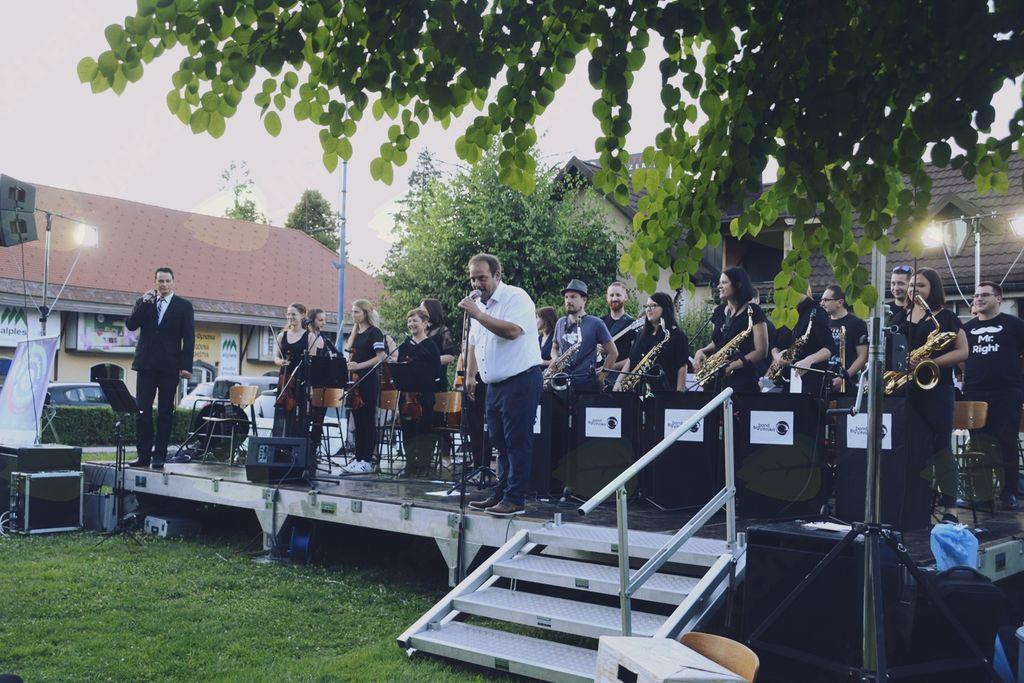 Vrhniški Big Band nastopil kar dvakrat
