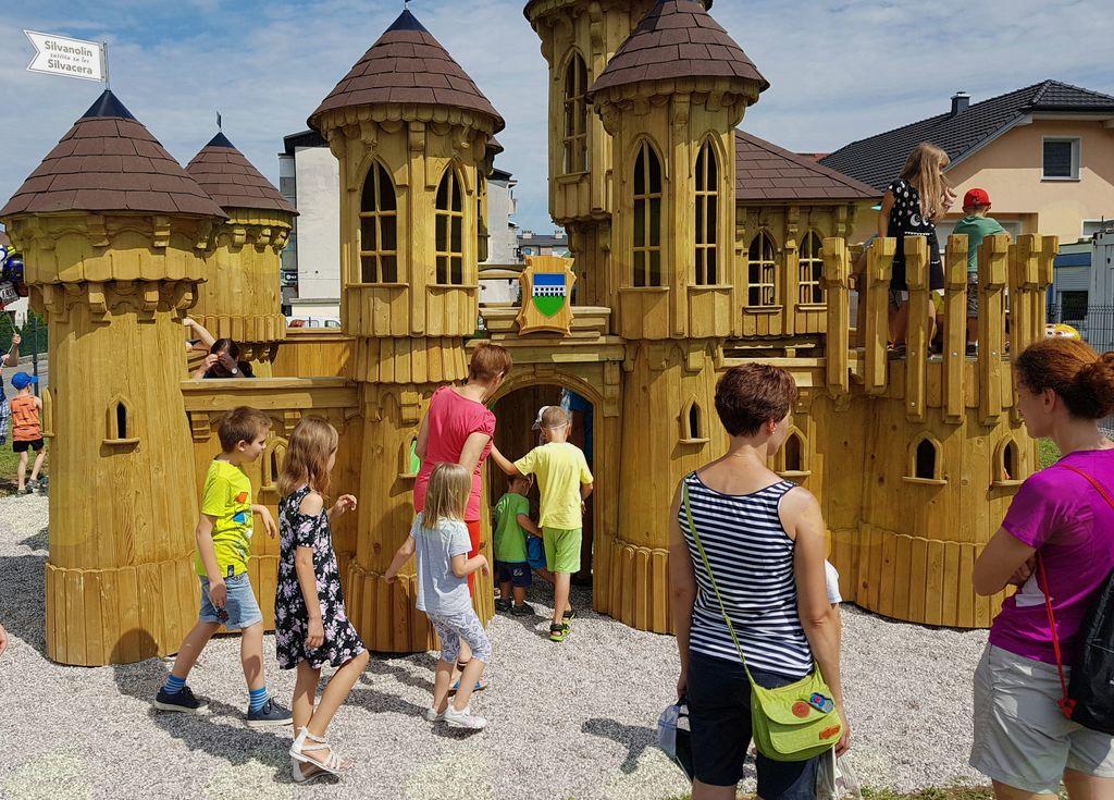 Kdaj bo zaživel otroški grad?
