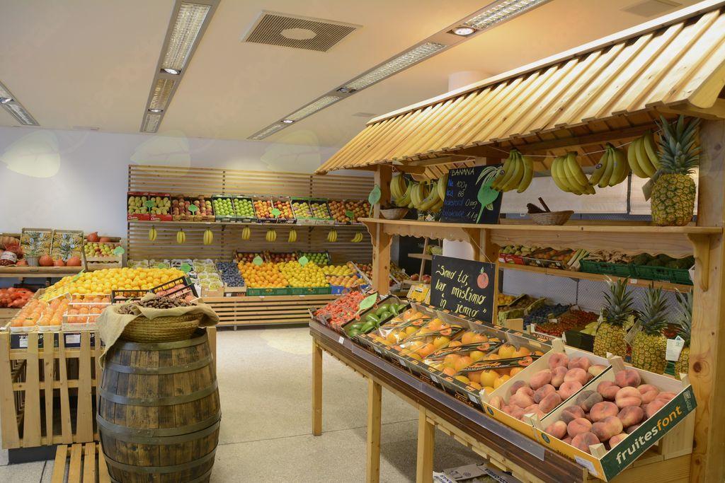 V središču mesta nova trgovina s sadjem in zelenjavo