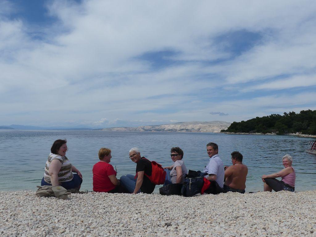 Odkrivanje Golega otoka