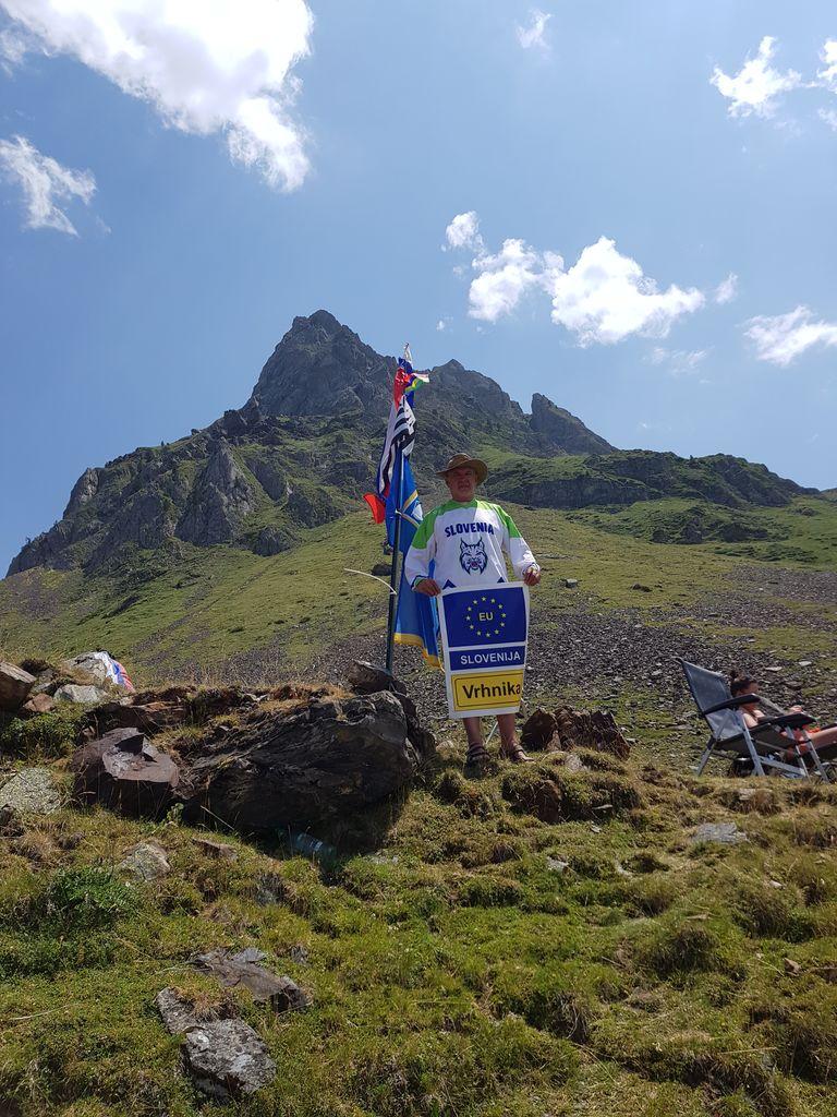 Vrhniška zastava na Tour de France