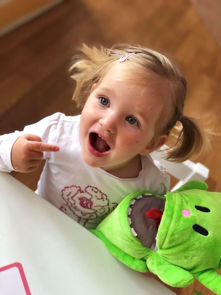 Spodbujanje govorno-jezikovnega razvoja  z uporabo lutke