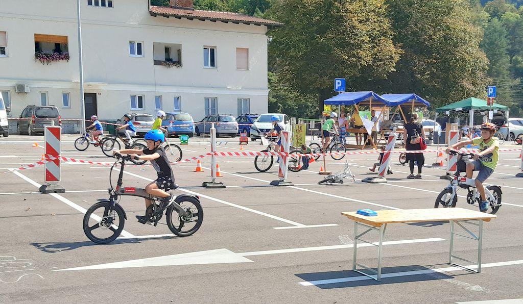 Preizkus električnih koles