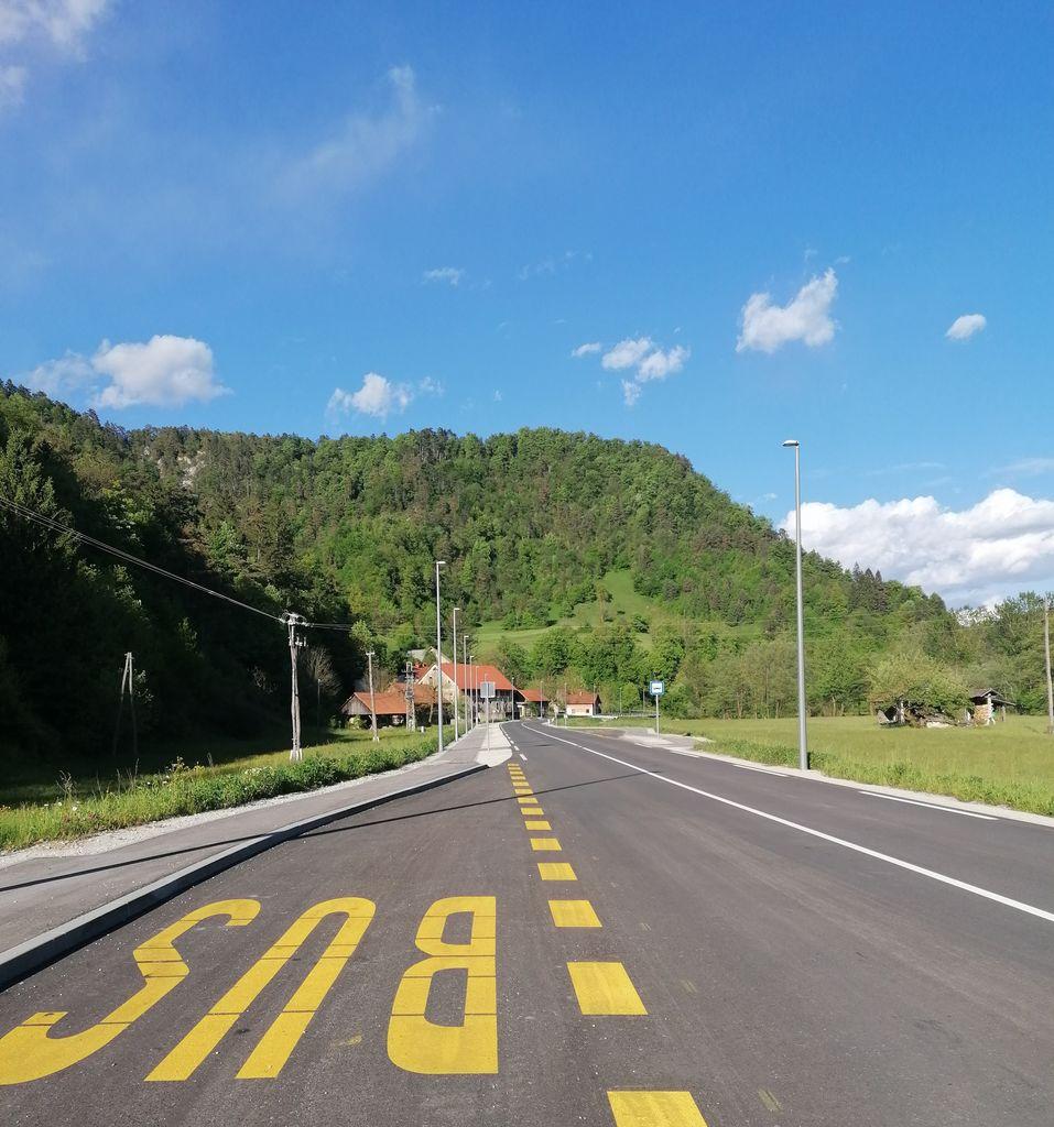 Nadaljevanje del na regionalni cesti Polhov Gradec – Dobrova
