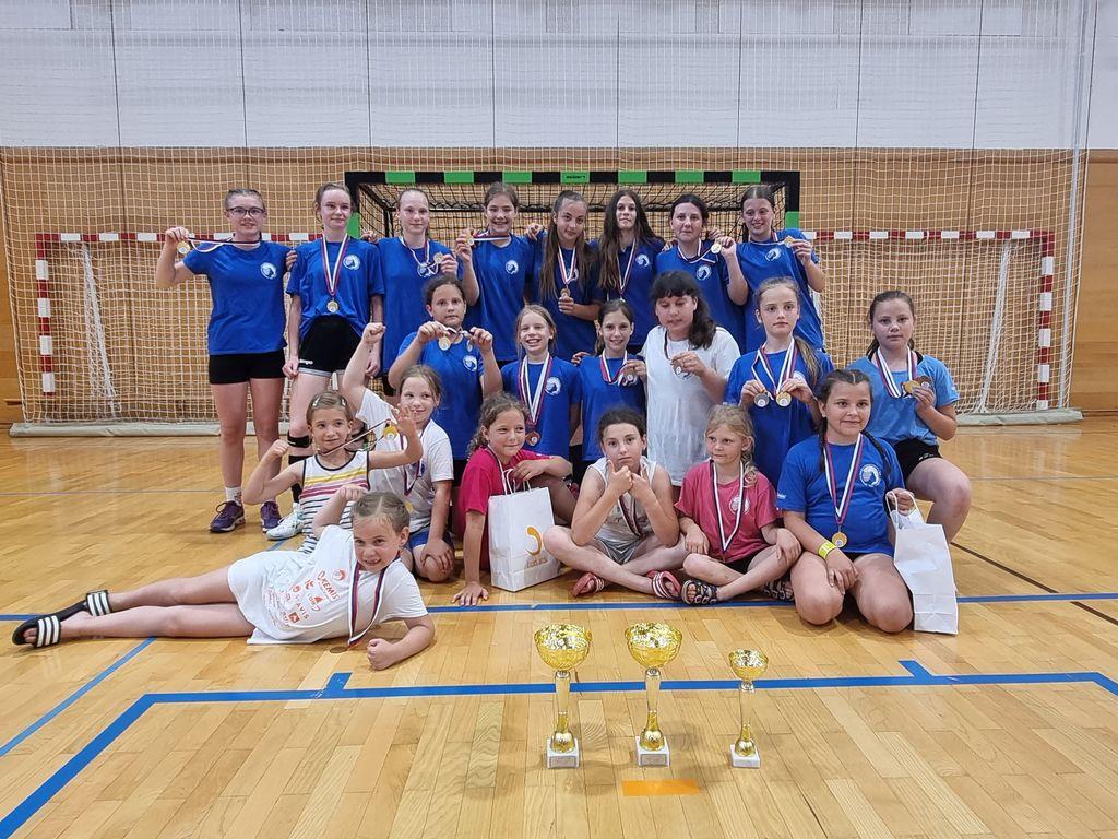 Harpaston cup - mednarodni turnir v rokometu