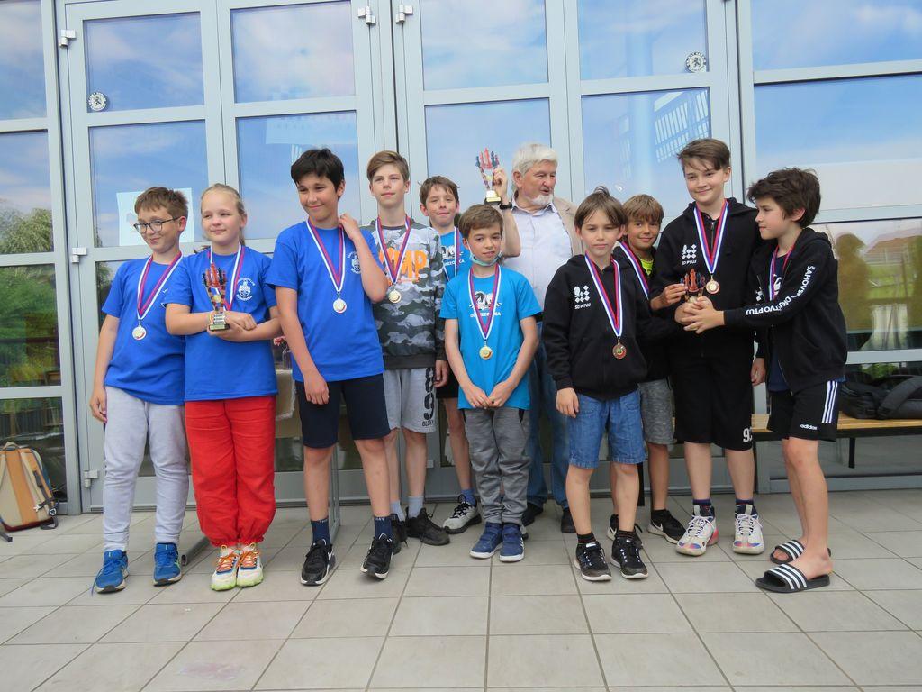 Vrhničani ekipni državni prvaki v kategoriji do 12 let