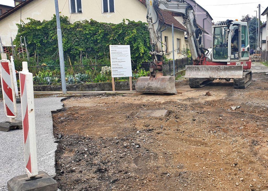 Začela se je obnova infrastrukture na Lošci
