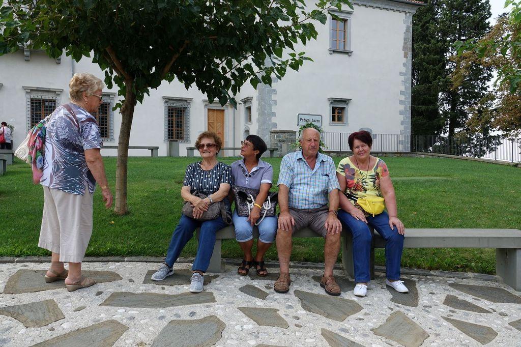 Letno srečanje upokojencev Primorske v Brdih