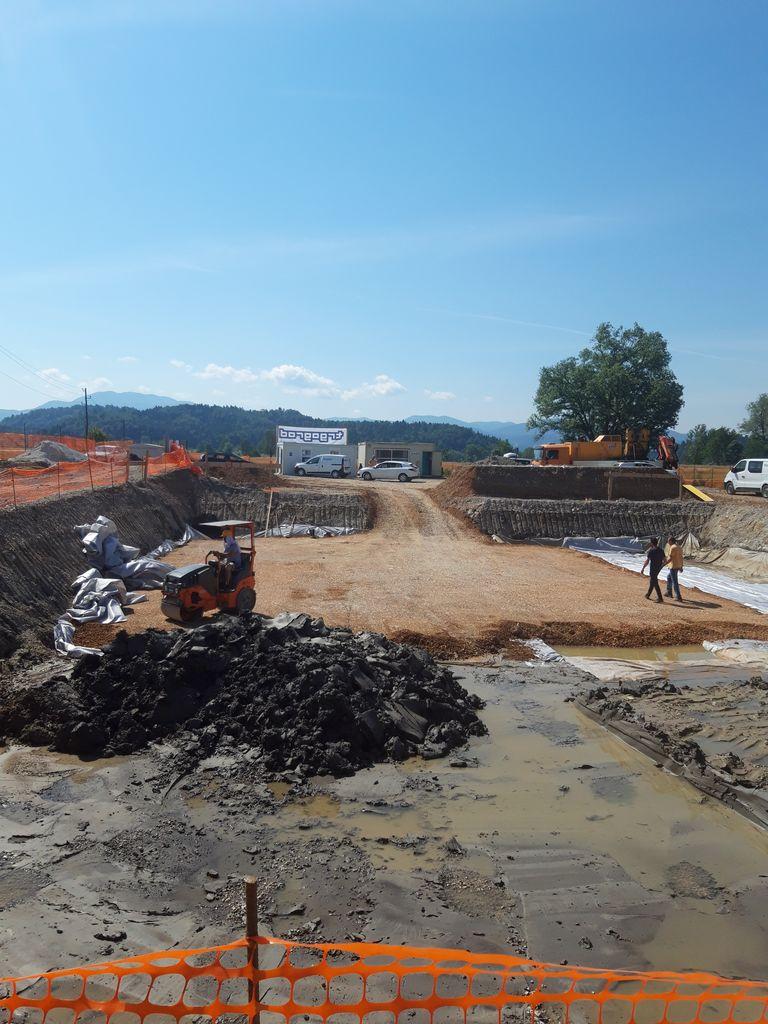 Gradbišče se seli ob regionalko