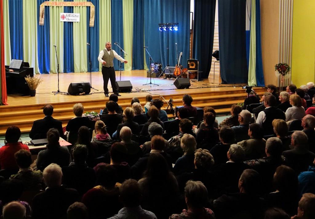 Operni pevec Jože Oblak je navdušil obiskovalce.