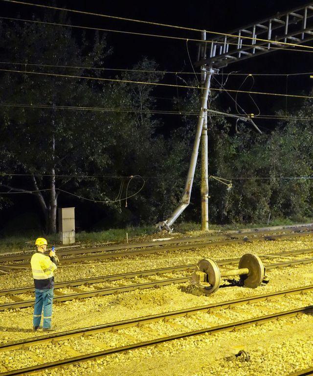 Na železniški postaji Verd iztiril tovorni vagon