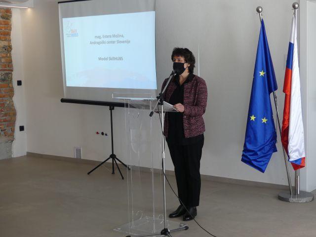 mag. Ester Možina, ACS