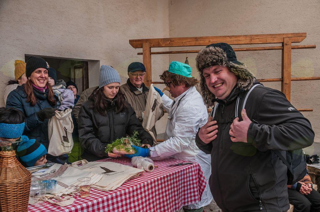 Na 21. licitaciji 120 evrov za salamo, 80 za kračo