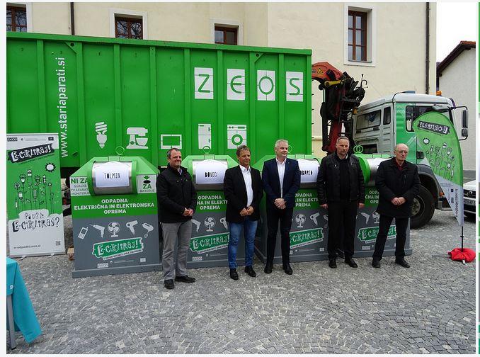 Tolmin, Bovec in Kobarid dobili ulične zbiralnike za stare aparate.