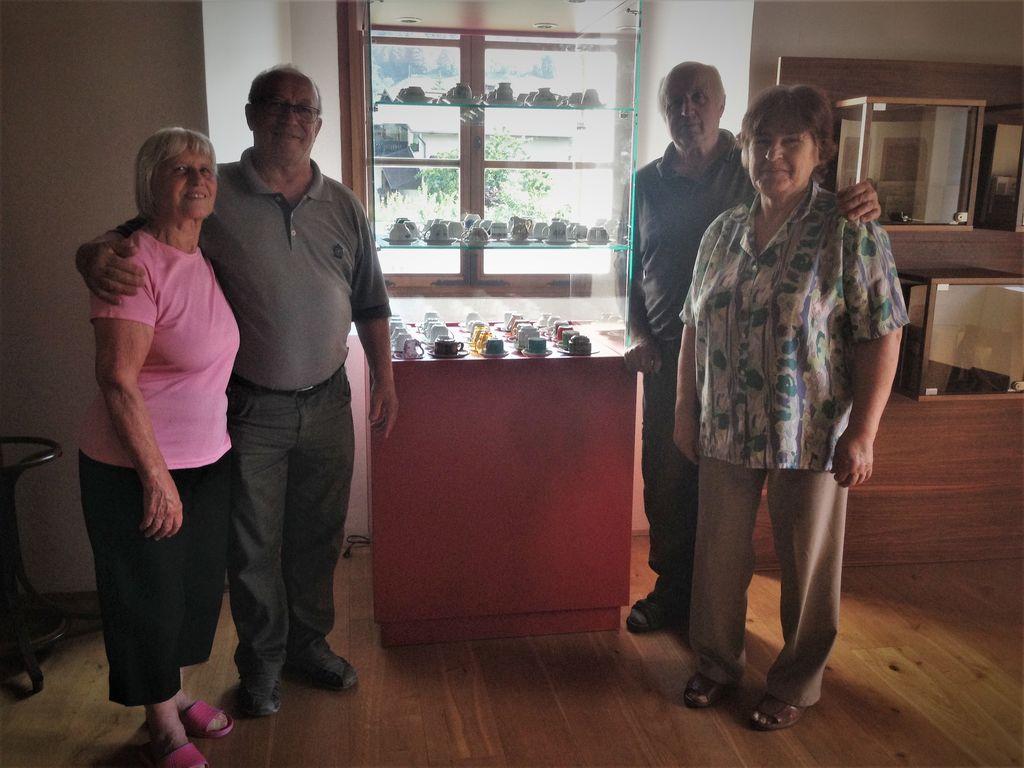 kavne skodelice in člani sekcije
