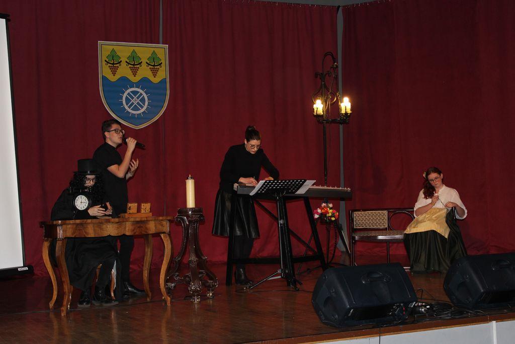 Pester kulturni program na prireditvi ob slovenskem kulturnem prazniku v Oplotnici
