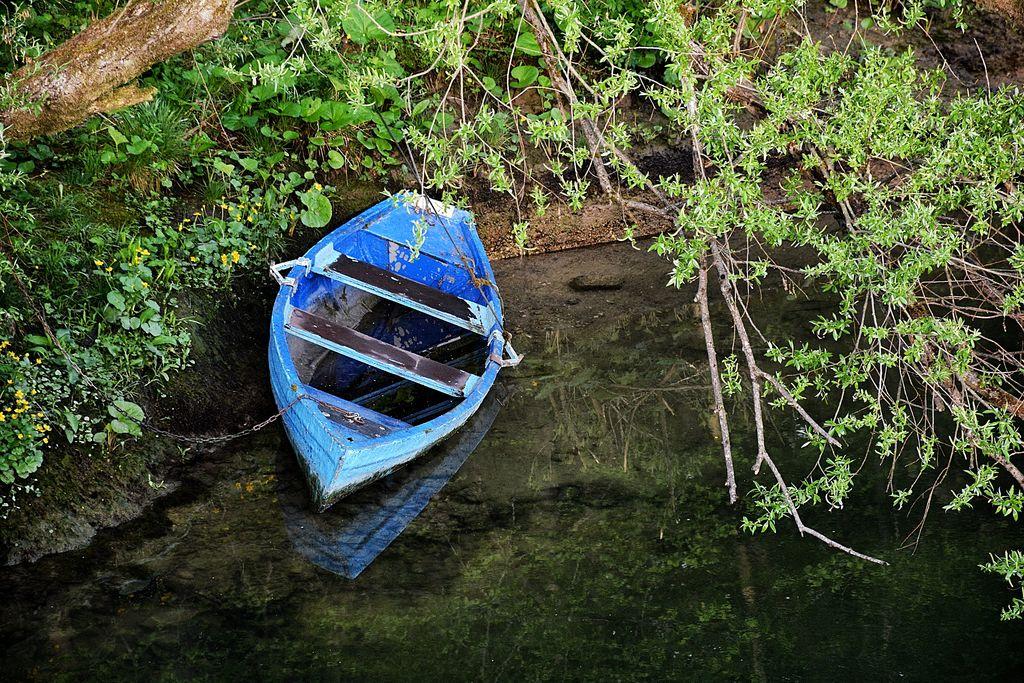 Čoln na Zbiljskem jezeru