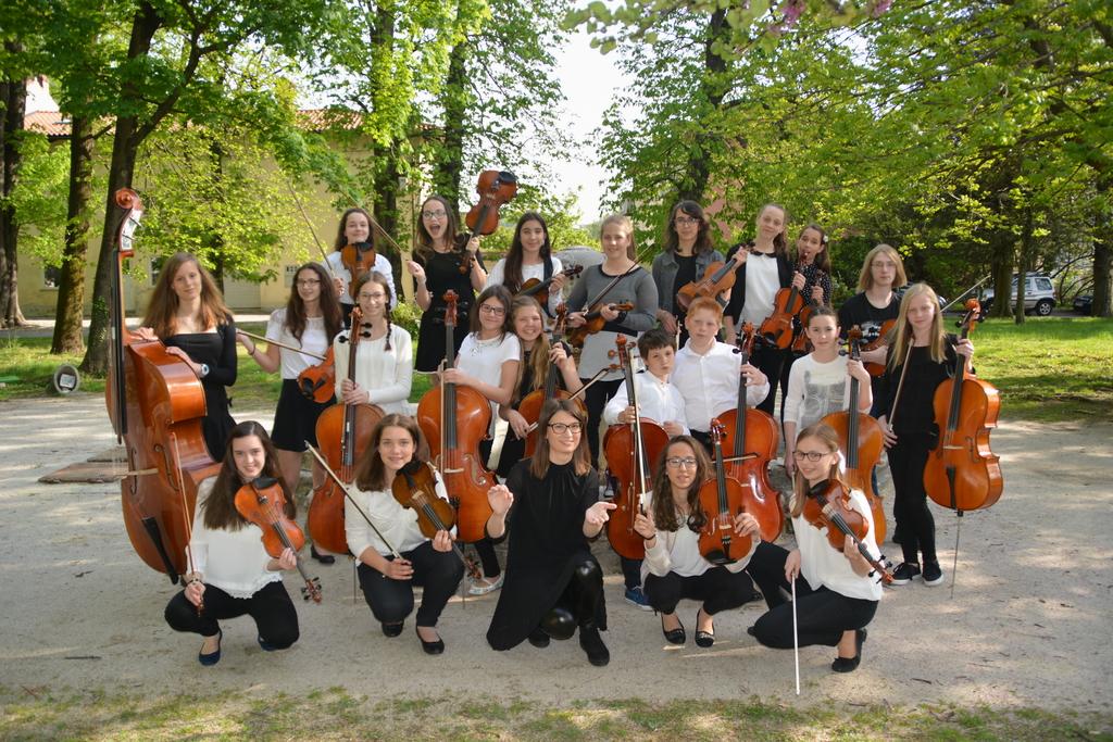 20. letnica godalnega orkestra Glasbene šole VInka Vodopivca Ajdovščina