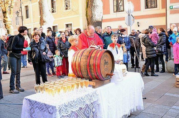 Furenga svetega Martina - prikaz prevoza mladega vina