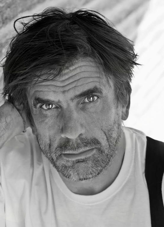 Arne Hodalič: vodstvo po fotografski zbirki Vena Pilona