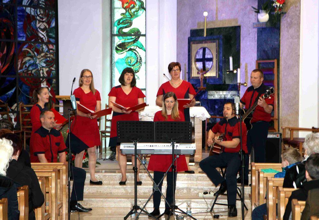 Skupina Margareta na jubilejnem koncertu ob 20. obletnici delovanja