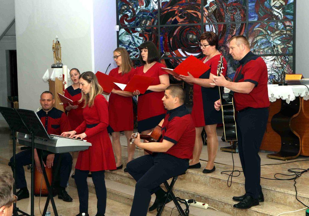 Koncert Vokalno-instrumentalne skupine Margareta ob 20-letnici