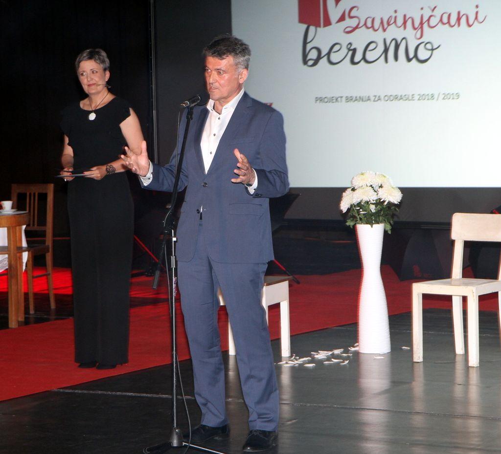 Savinjčani beremo - zaključno druženje bralcev z Mojco Širok in Eroiko Aromatiko