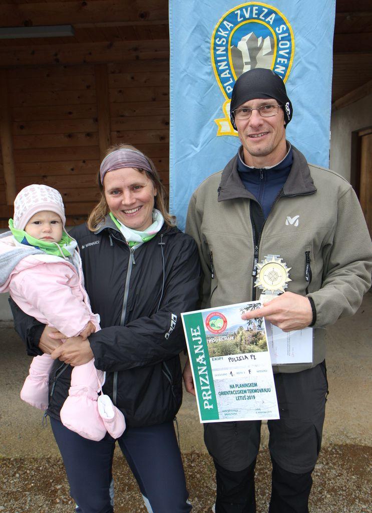 V kategoriji F (družine) je bila prva družina Jazbec: Tanja, Matija in devetmesečna Lucija, ki je bila tudi najmlajša udeleženka tega tekmovanja.