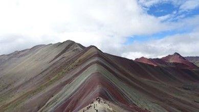 Mavrična gora je ena izmed najbolj priljubljenih destinacij v Peruju.