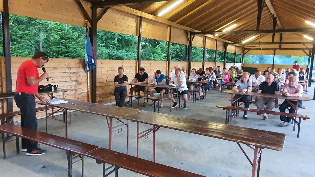 Članice in člani Športnega društva Andraž so se na rednem zboru srečali na dan državnosti.