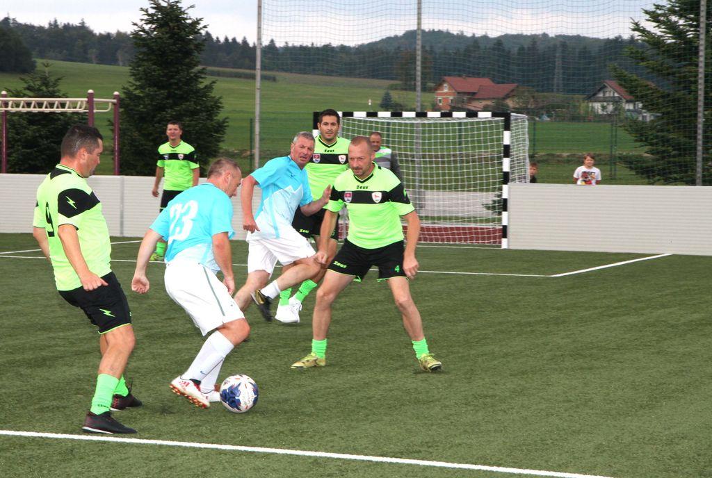 Otvoritev nogometnega igrišča in nogometna tekma