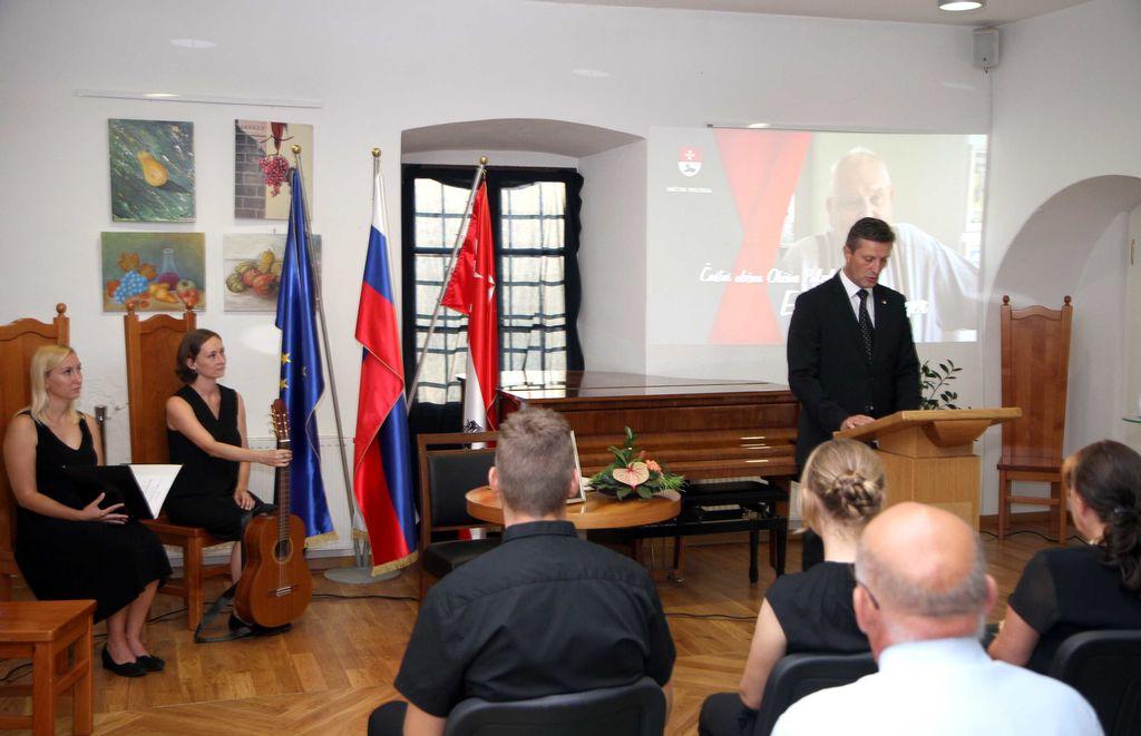 Žalna seja občinskega sveta Občine Polzela v spomin Ernestu Obermayerju, častnemu občanu Občine Polzela