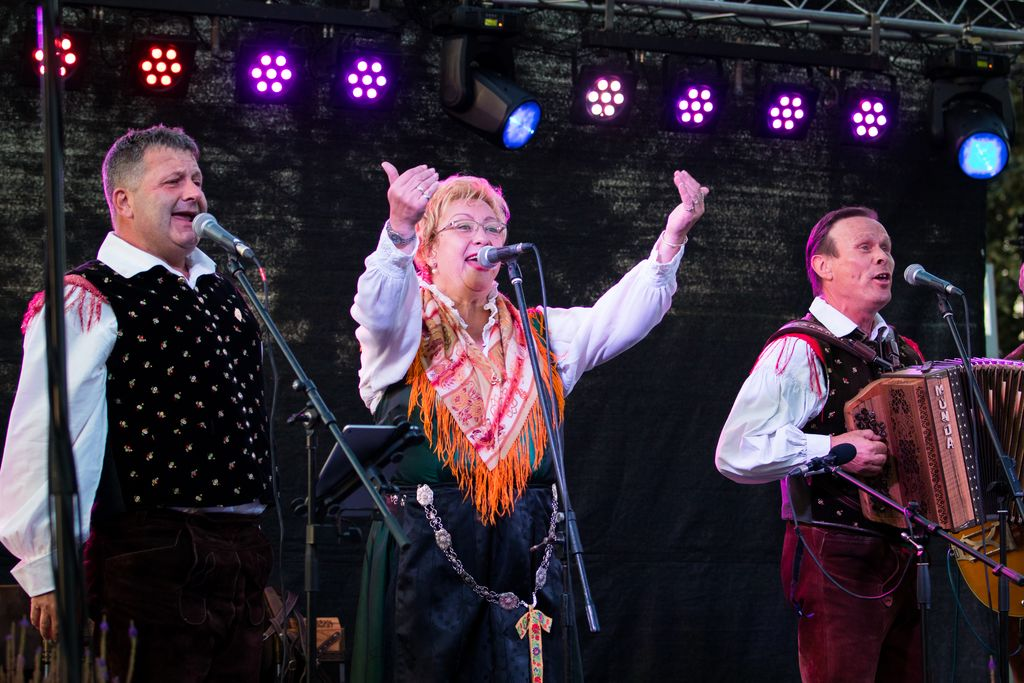 Razprodan koncert ob 40. letnici ansambla Braneta Klavžarja na gradu Komenda
