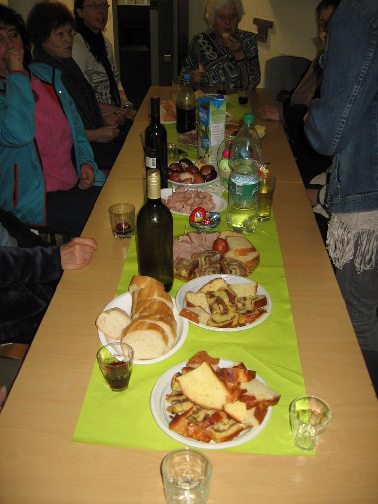 Vučja južna - pokušina velikonočnih jedi (foto: D. Schilling)