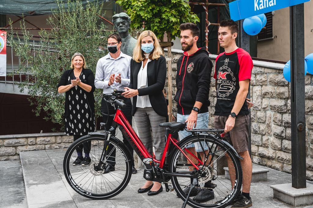Izvedba promocijskega dogodka ob pridobitvi električnega kolesa