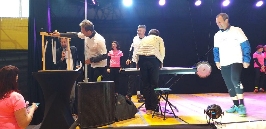 Župani tekli skupaj z udeleženkami Mido 2019