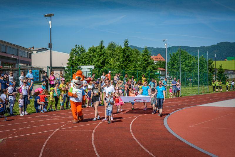 Športnim aktivnostim za najmlajše se je pridružil tudi Foksi.