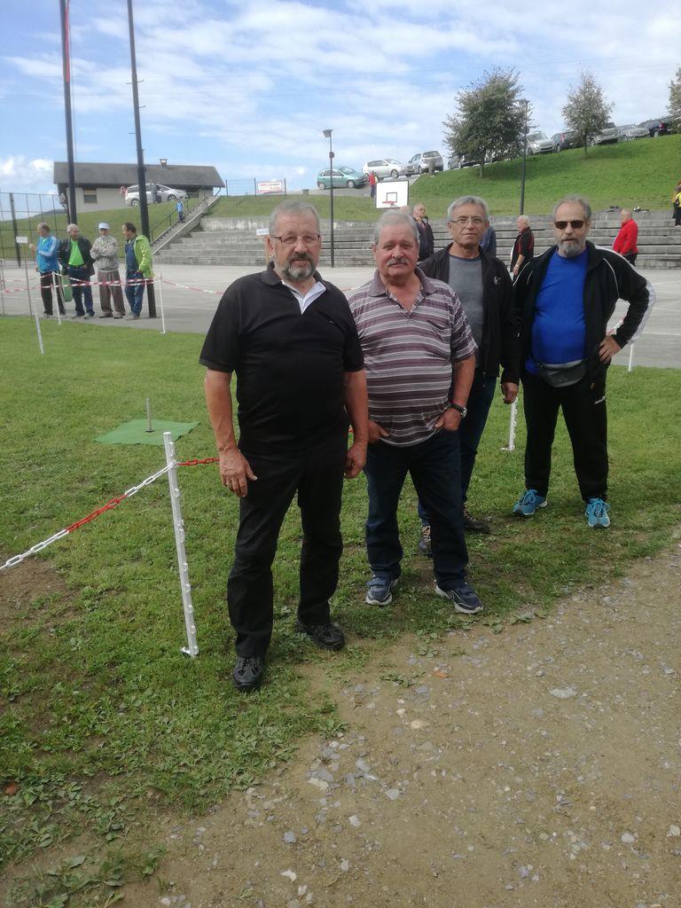 Športno tekmovanje članic in članov Društva upokojencev Polzela