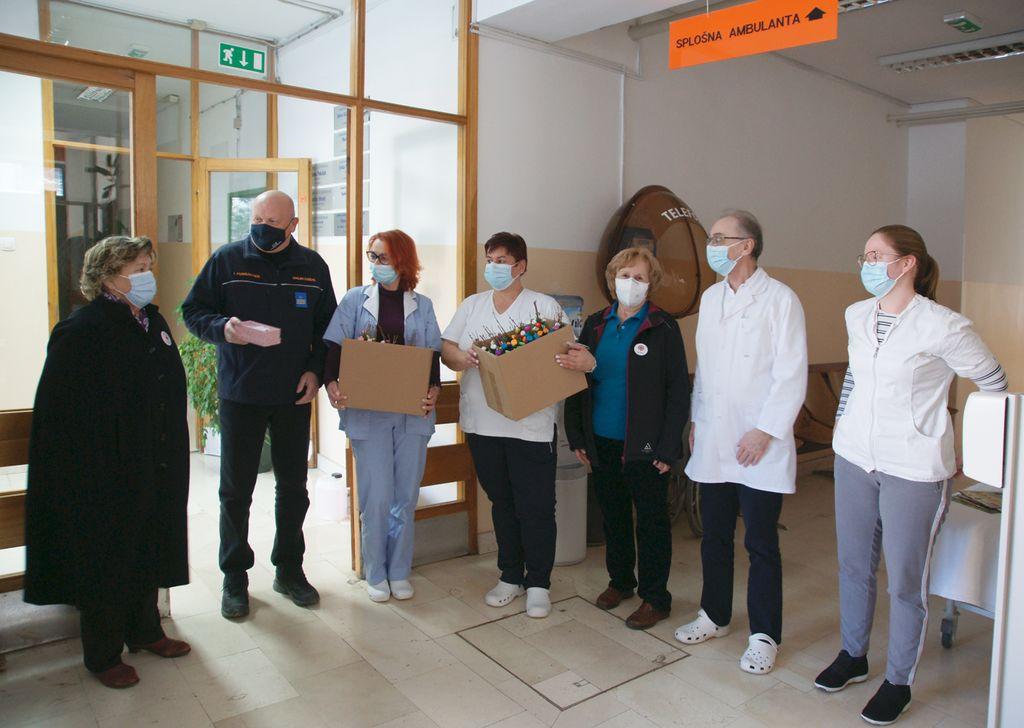 Tudi ekipa Zdravstvenega doma Polzela je bila hvaležna, ker je njihov trud opažen in cenjen.