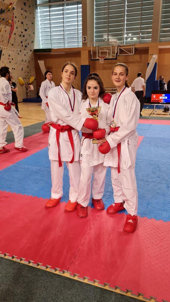 Državne prvakinje (Aneja, Tija, Lara)