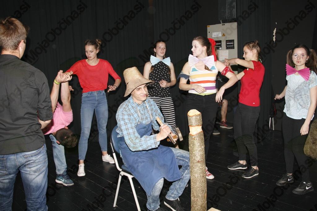 Strombolijev cirkus v Šentvidu pri Lukovici