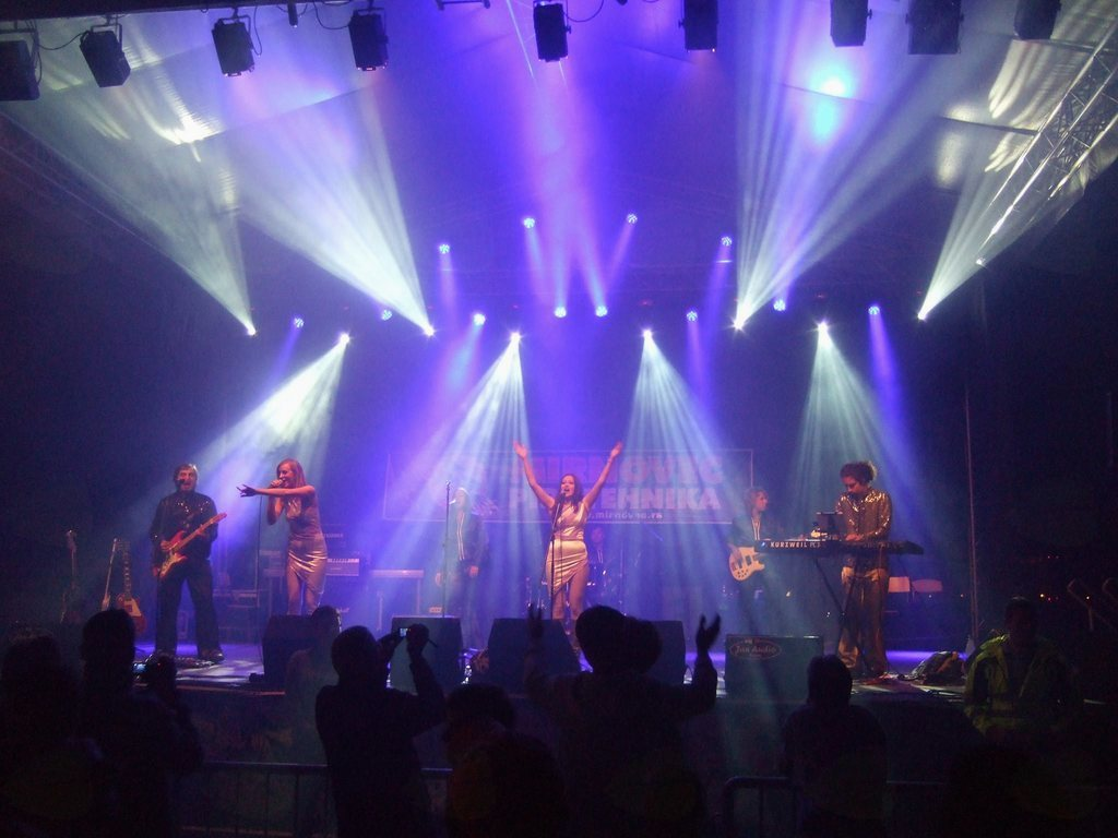 ABBA REAL TRIBUTE BAND, koncert