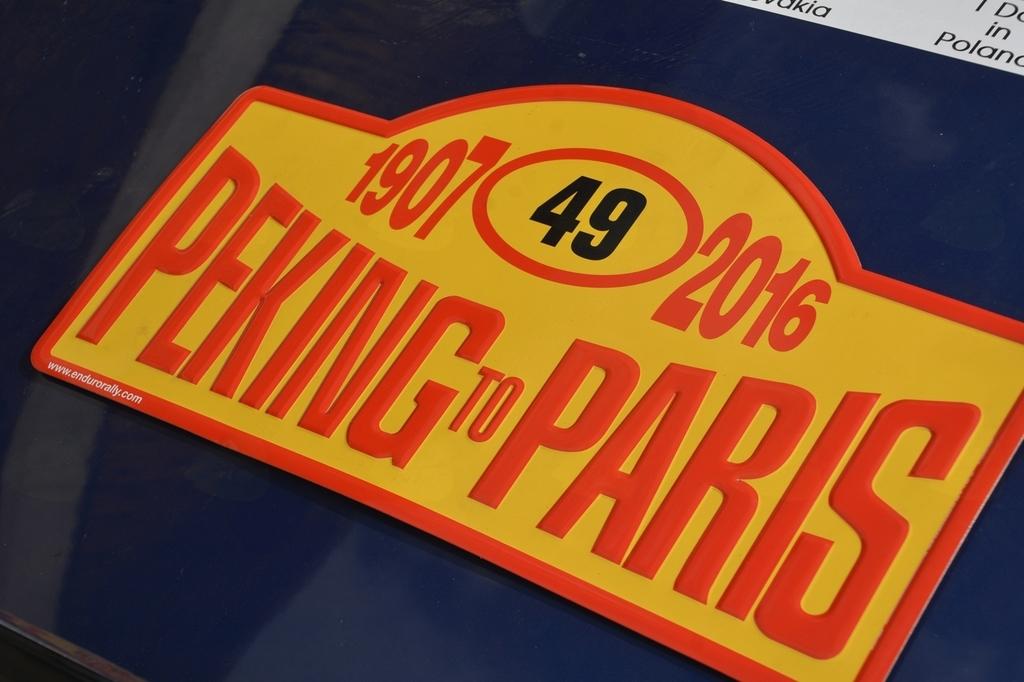 Od Pekinga do Pariza čez Vrhniko