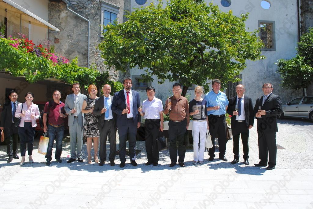 Kar dve kitajski delegaciji v Ajdovščini